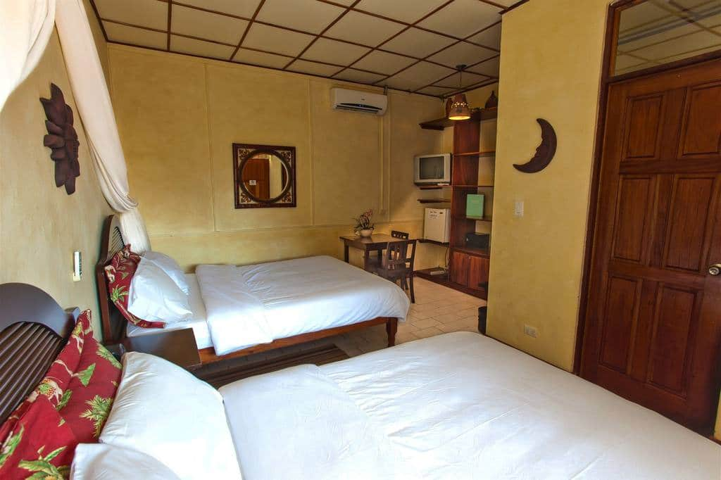 Jaco Beach Bachelor Parties With double-room